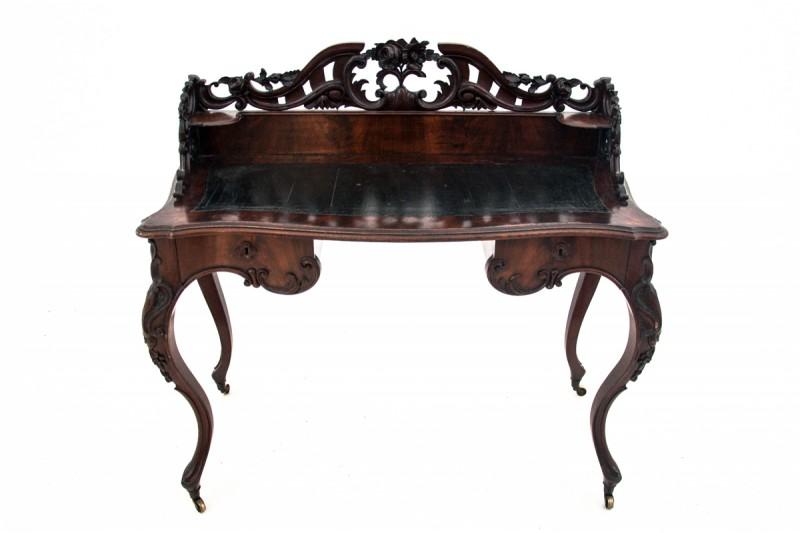 zabytkowe biurko w stylu rokoko
