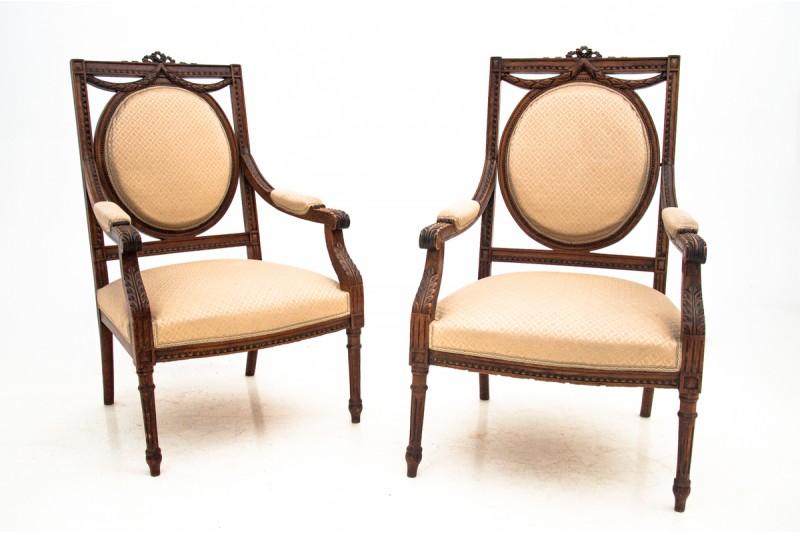 fotele w stylu ludwika XVI
