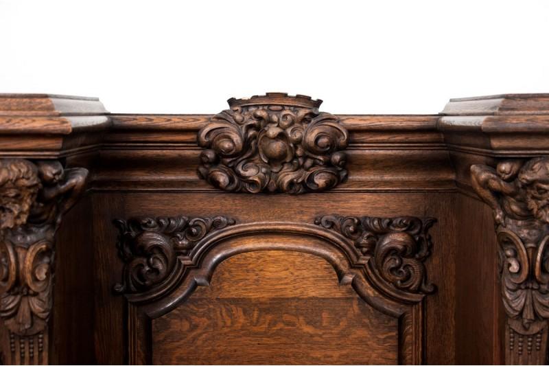 meble w stylu renesansowym