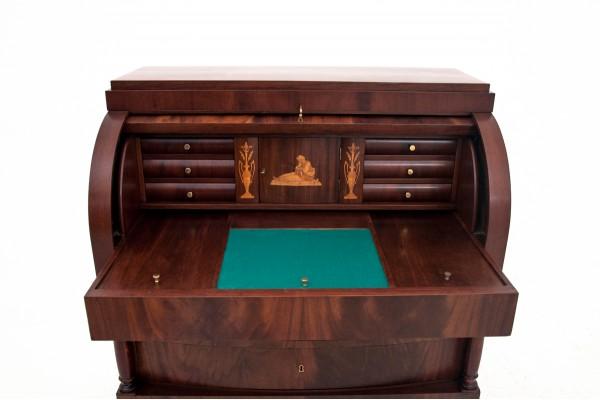 stare biurko do pisania