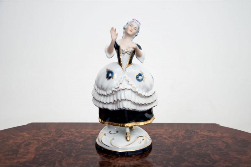 Porcelanowa figurka Royal Dux