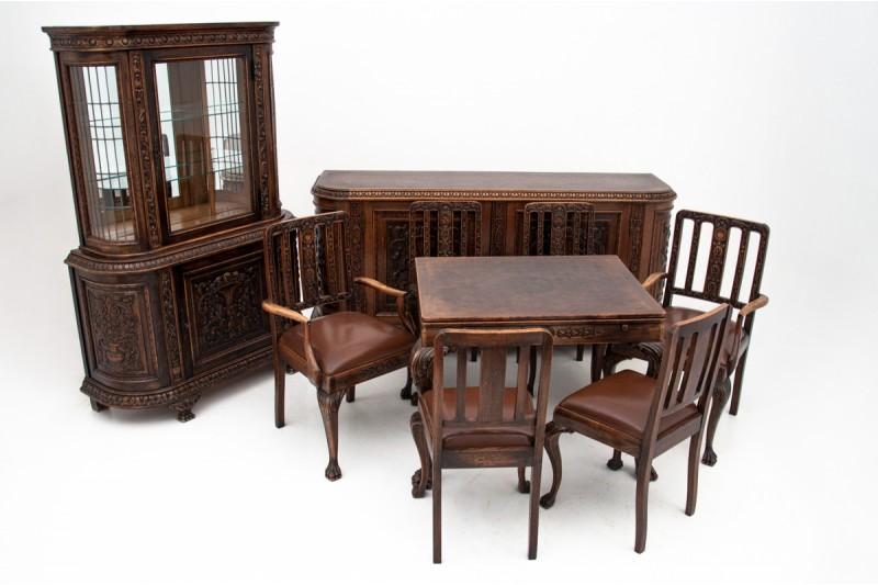 Antyczna jadalnia w stylu Chippendale,przełom XIX i XX w.