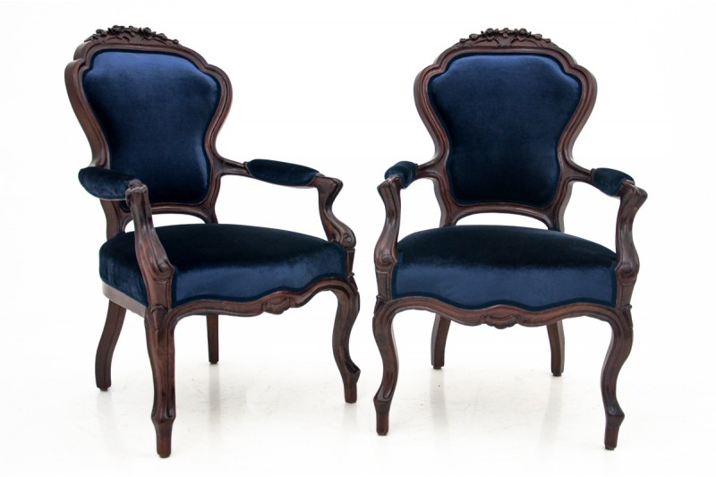 Antique armchairs from the turn of the century. AFTER RENOVATION.