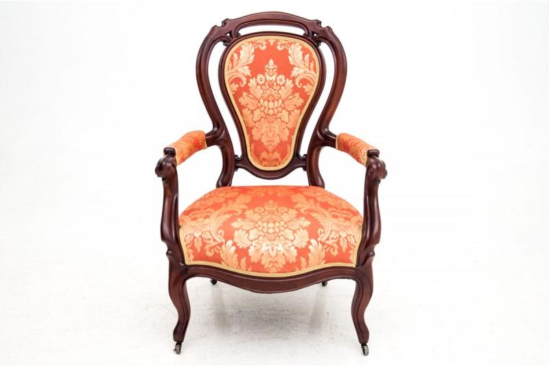 Fotel z ok. 1880 r. PO RENOWACJI.Fotel z ok. 1880 r. PO RENOWACJI.