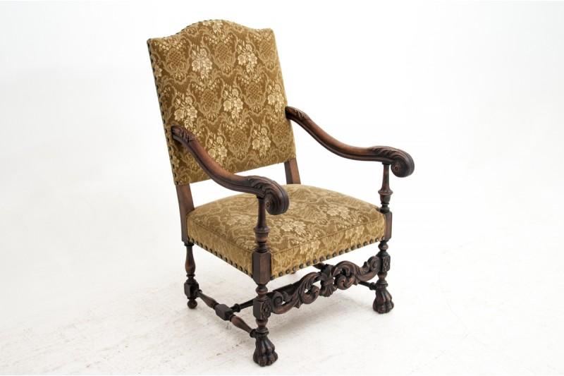 Neorenesansowy fotel zabytkowy z około 1910 r