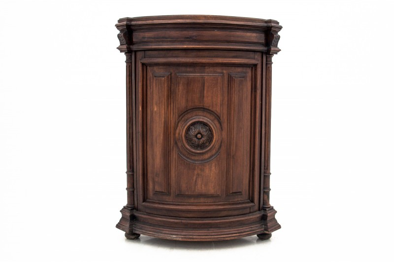 Antyczna komoda rogowa z końca XIX wieku