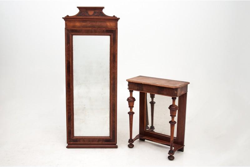 lustro ze stolikiem drewniane