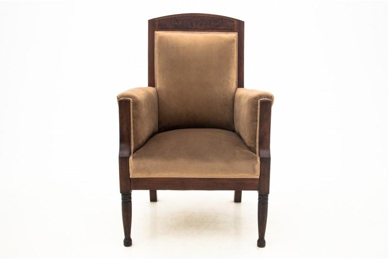 antyczny fotel