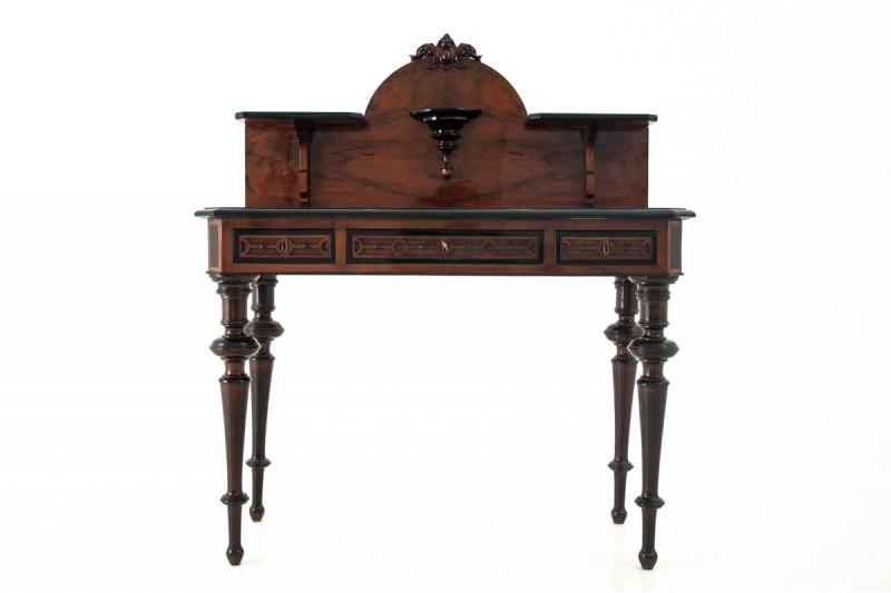 antyczne biurko